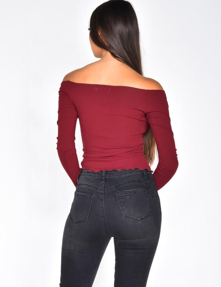 Off-the-shoulder crop top