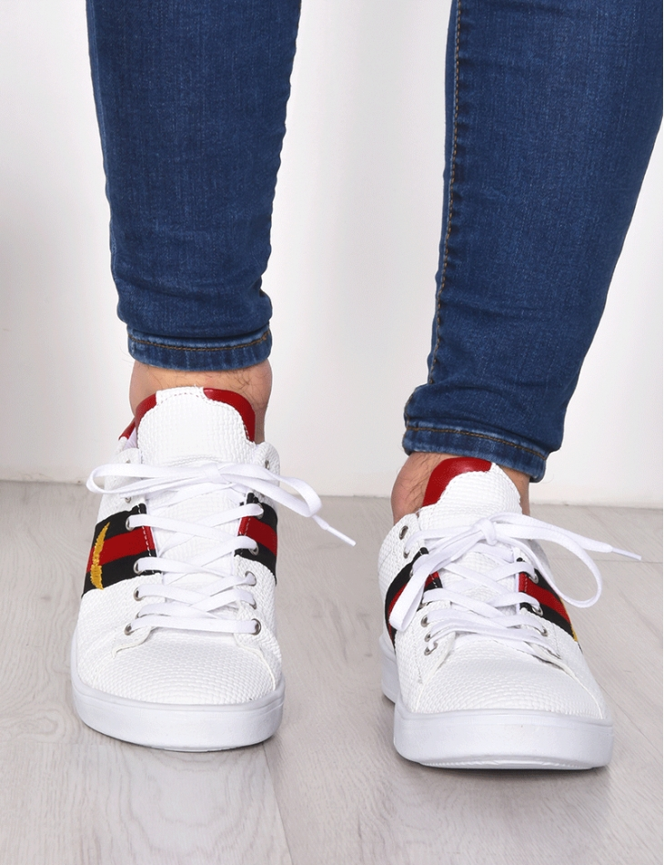 Trainers with Stripes