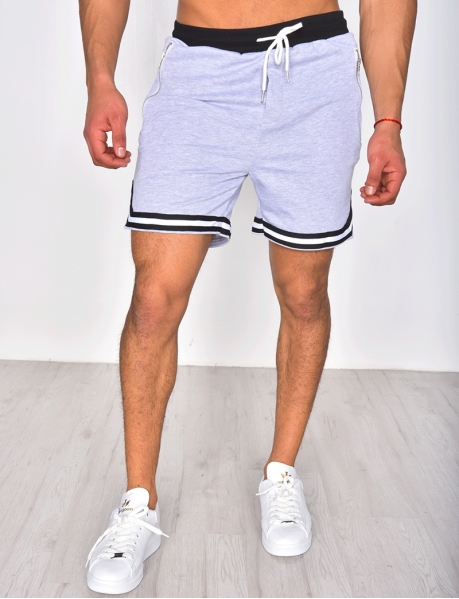 Shorts with Zip and Stripes
