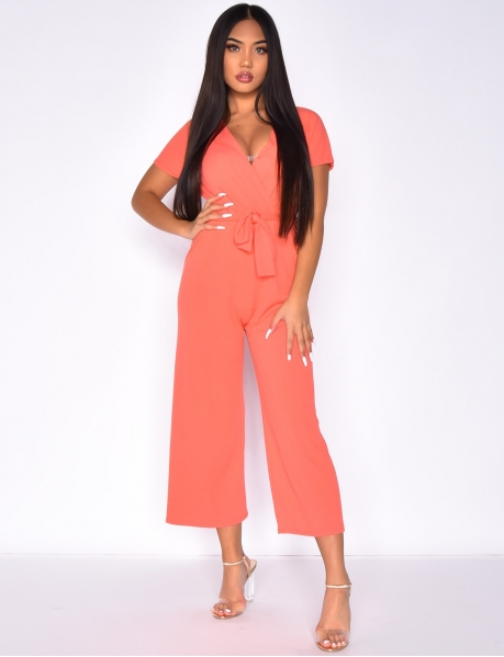 Loose fit jumpsuit with belt