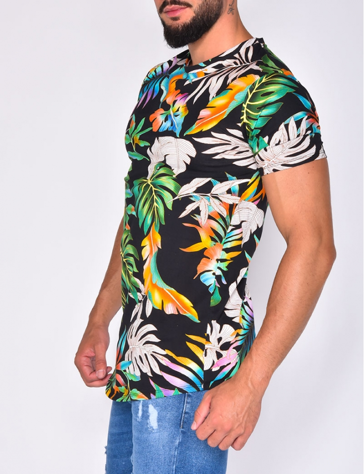 T-shirt with Leaf Pattern
