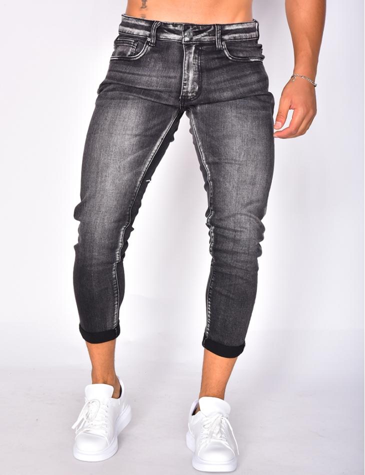 Jeans délavé retroussé