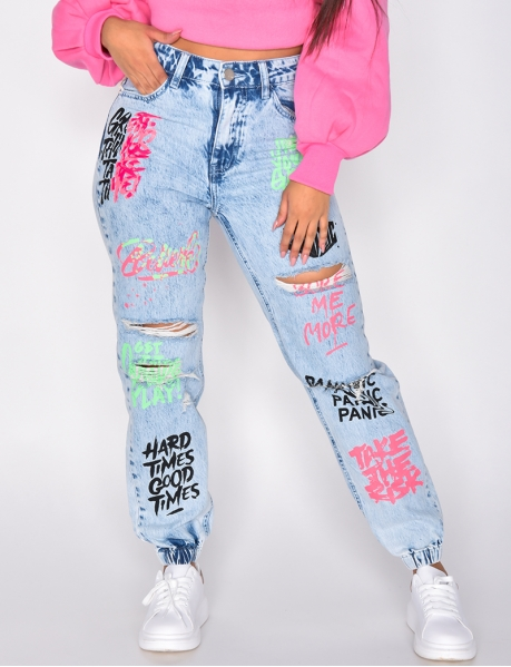 Jeans destroy mit Graffitis