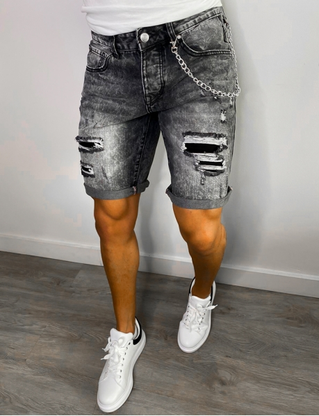 Shorts aus Jeansstoff in Destroyed-Optik mit Kette