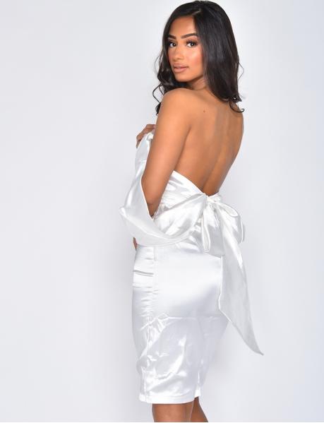 Satiniertes Kleid zum Binden