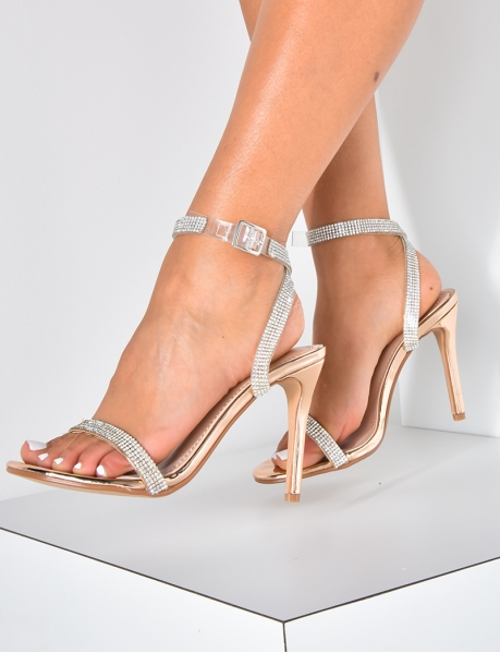Minimalistische Sandalen mit Strassbesatz