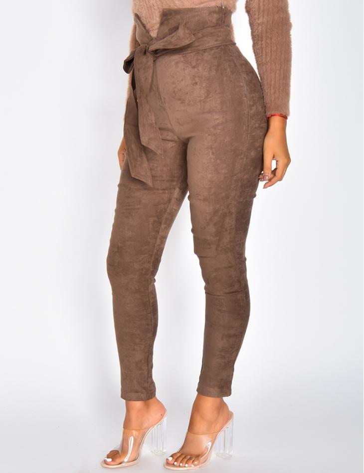 Pantalon taille haute en suédine à nouer