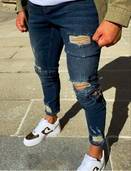 Ripped Jeans with Zips