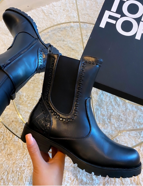 Bottines cloutées black