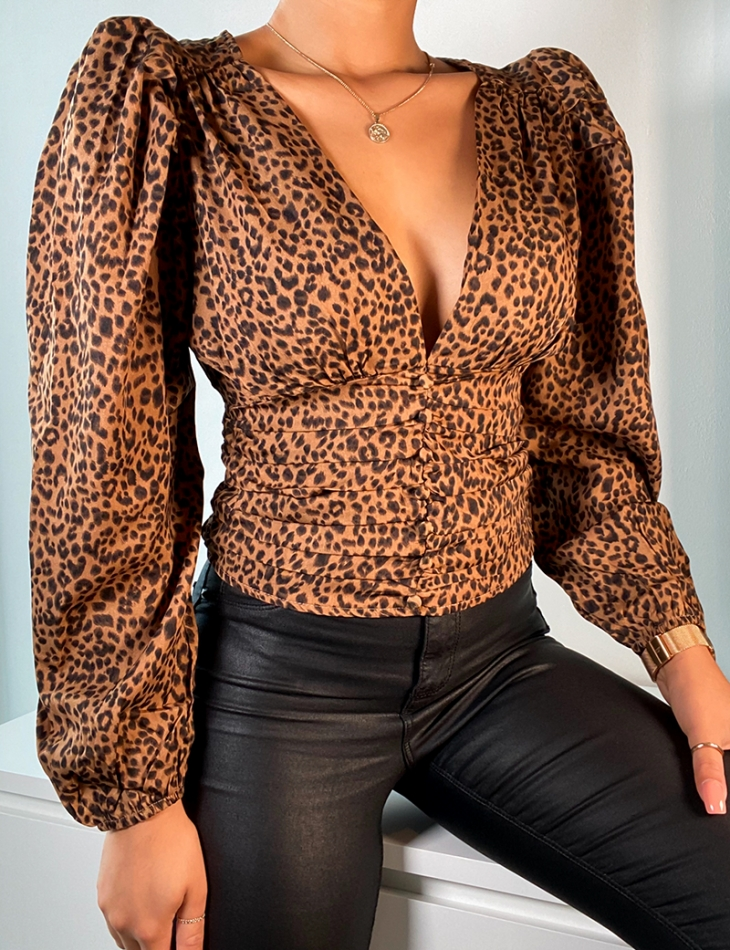 Top cache coeur à motifs léopard