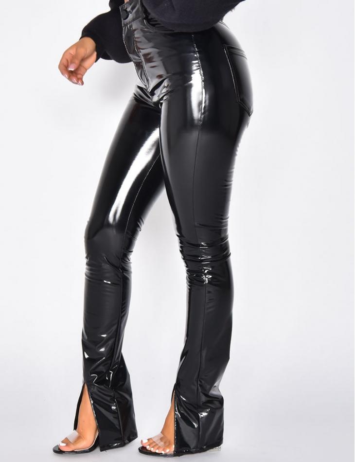 Pantalon en simili cuir à fentes aux chevilles