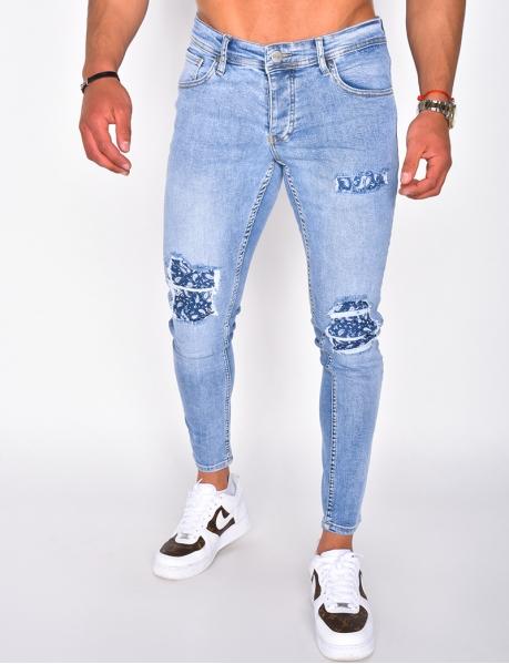 Bandana patch ripped jeans