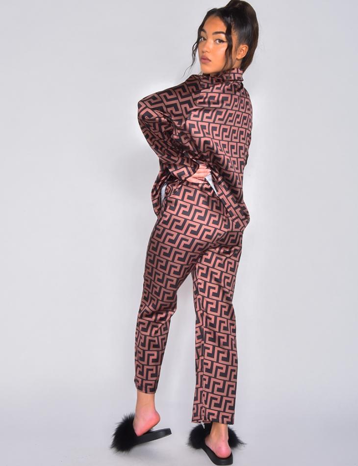 Ensemble pantalon et chemise en satin à motifs géométrique