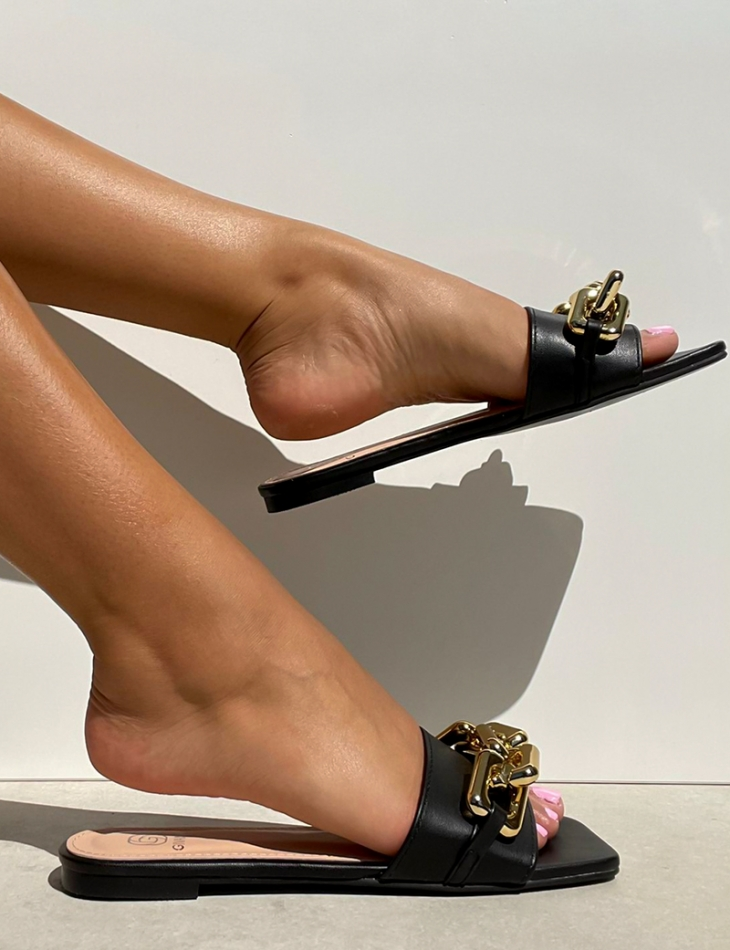Sandales à maillons