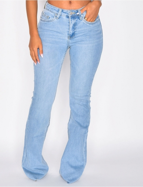 Low-cut Flared Jeans