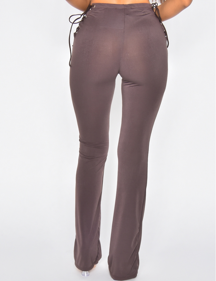 Pantalon fluide à nouer sur les côtés