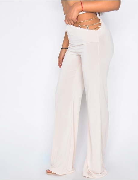 Open trousers with small chains