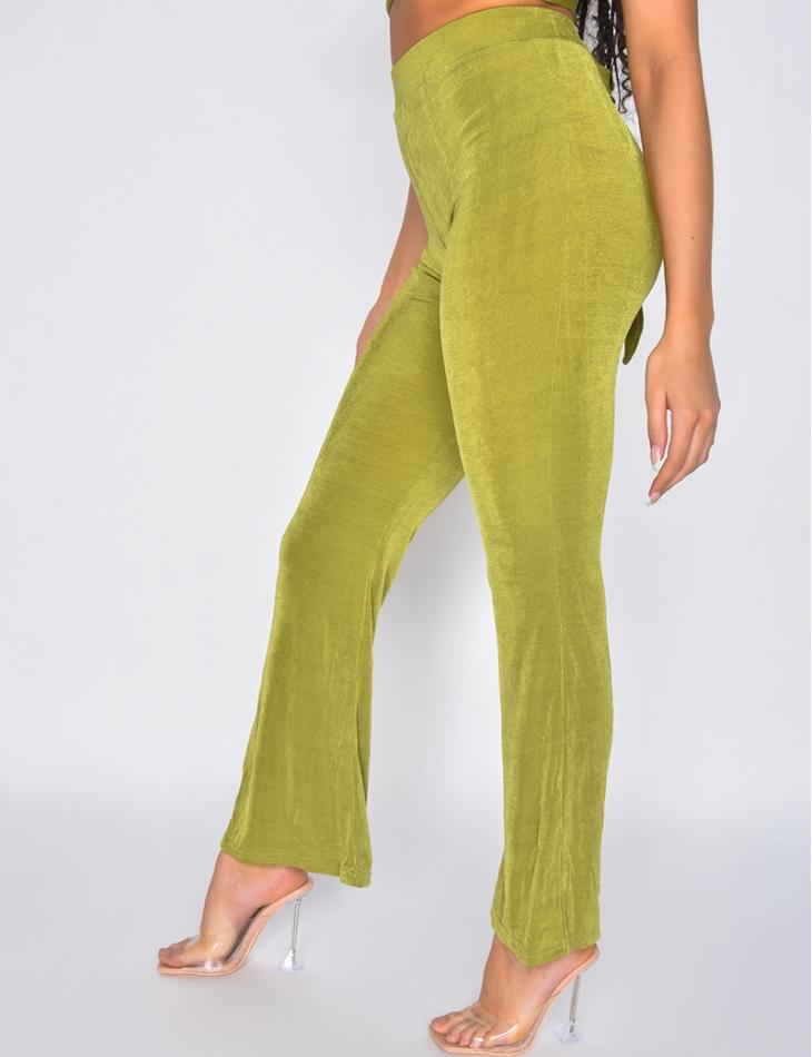 Ensemble pantalon fluide et crop-top à nouer