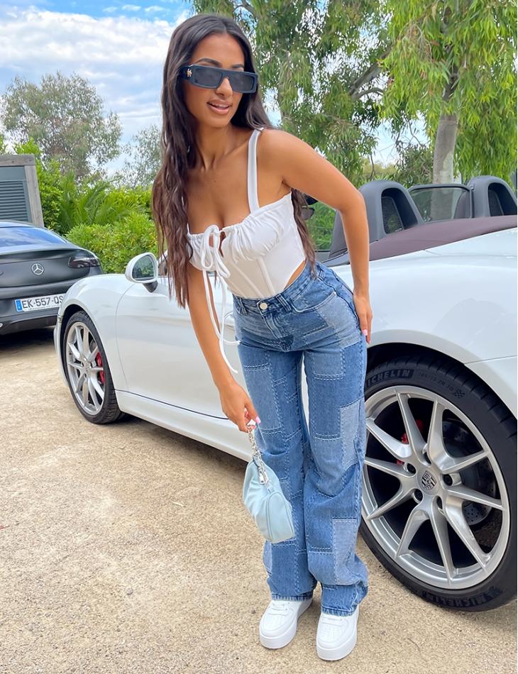 Jeans taille haute coupe droite à empiècement
