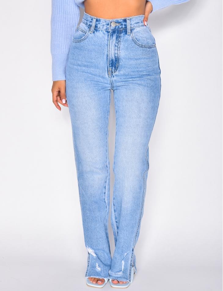 Jeans à fentes destroy aux chevilles