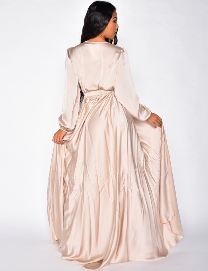 Robe longue en satin à nouer à la taille