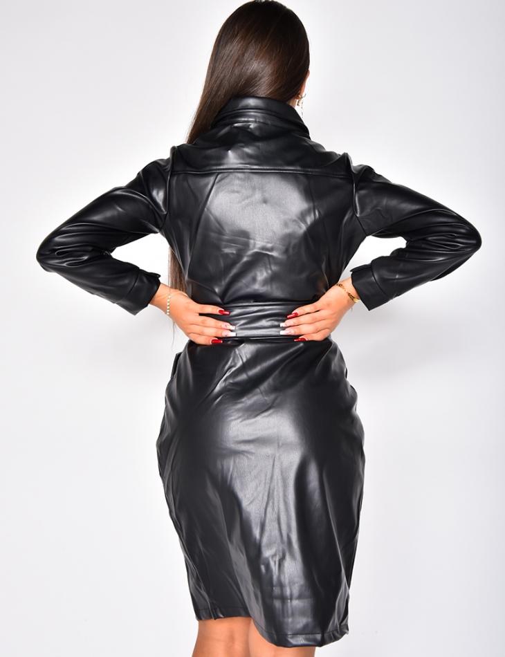 Robe froncée en simili à ceinture