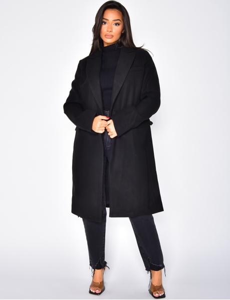 Halblanger Mantel mit Knöpfen